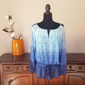 White House Black Market Blue Ombre Cold Sleeve